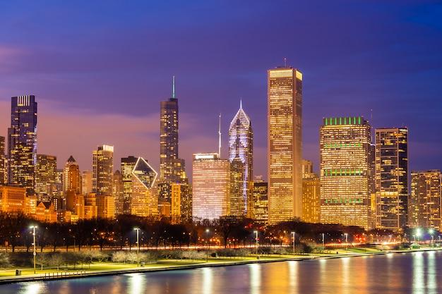 Città di chicago e il lago michigan