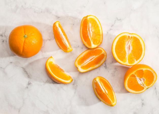 Close-up di fette di frutta arancione