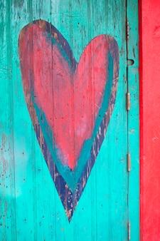 Close-up di forma del cuore su una porta, sayulita, nayarit, in messico