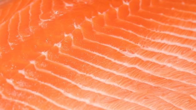 Close-up di pesce appena tagliato