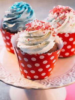 Close-up gustosi dolci cupcakes