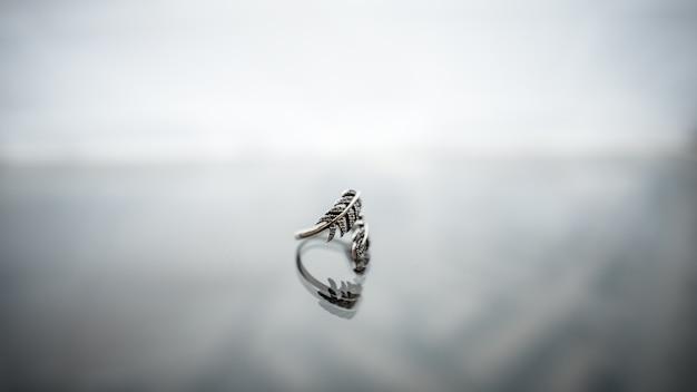 Closeup oggetto sfondo elegante regalo di vetro