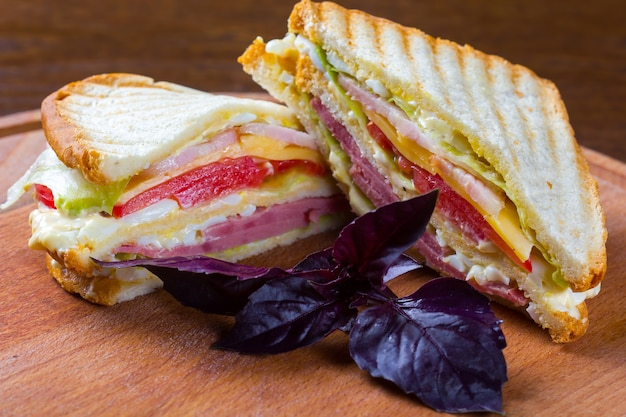 Club sandwich, sandwich clubhouse