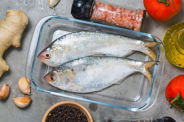 Clupeidae, piccoli pesci freschi