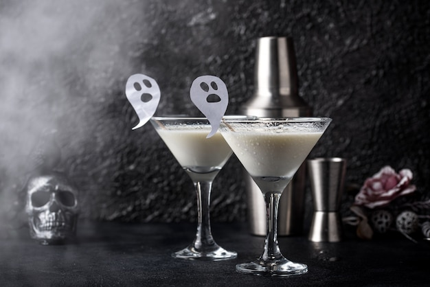 Cocktail di cocco di halloween