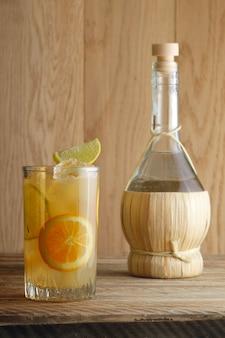 Cocktail di vodka e succo d'arancia