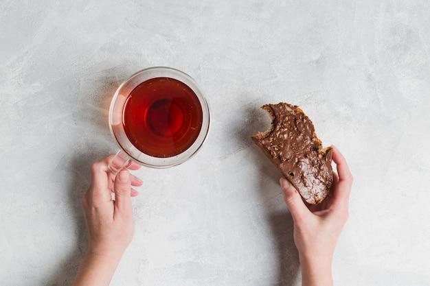 Colazione con tè