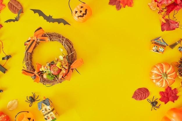 Collezione di oggetti per feste di halloween che formano una cornice