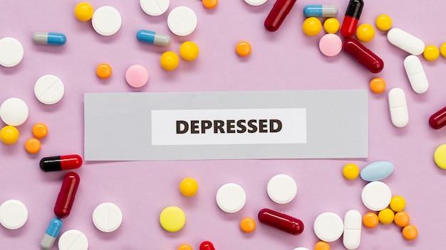 Collezione di pillole depresse