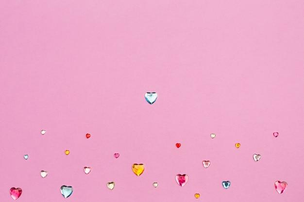 Collezione di strass decorativi a forma di cuore
