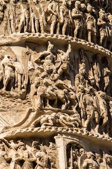 Colonna di marco aurelio a roma