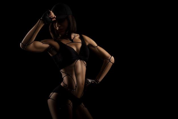 Colpi dello studio della donna di forma fisica