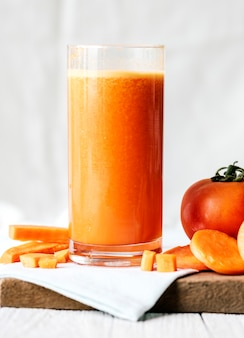 Colpo a macroistruzione di juic della carota fresca