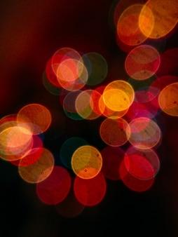 Colpo completo della struttura delle luci e del bokeh illuminati della corda