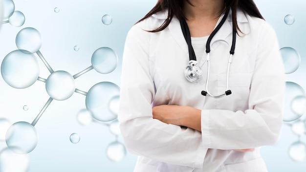 Colpo medio della donna con sfondo medico