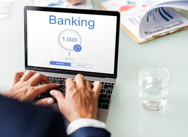 Commercio elettronico online di finanza di internet delle banche