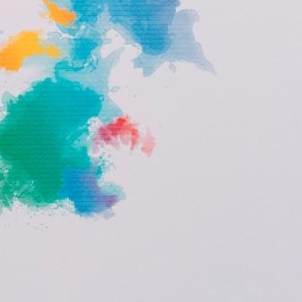 Composizione colorata con pennellate di acquerello