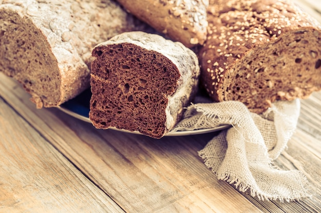 Composizione con pane fresco