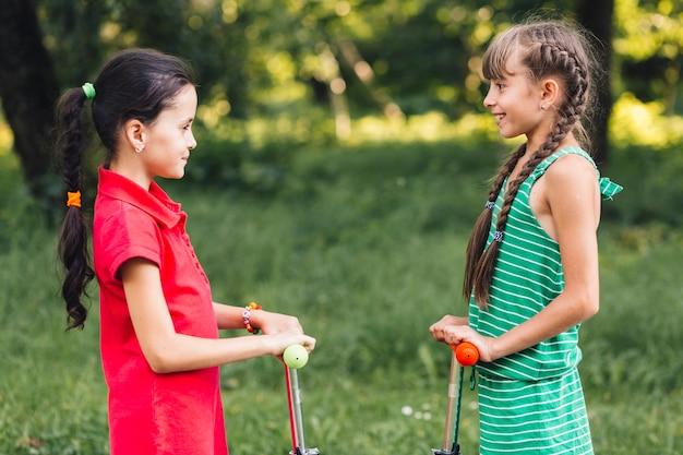 Composizione di amicizia con bambine
