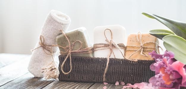 Composizione di sapone spa con orchidea