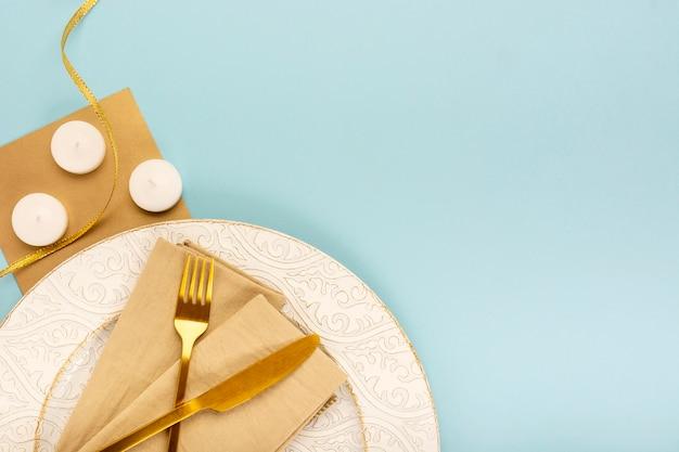 Composizione piatta in quinceañera con spazio di copia