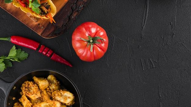 Composizione piatta laici di cibo messicano con copyspace