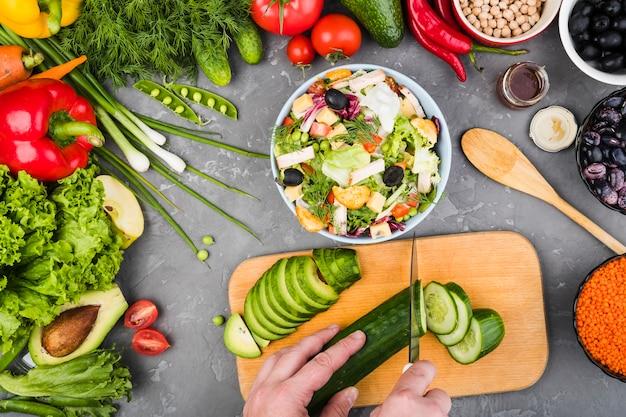 Composizione piatta laici di verdure sane