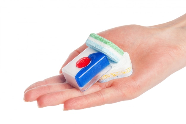 Compresse per lavastoviglie su bianco