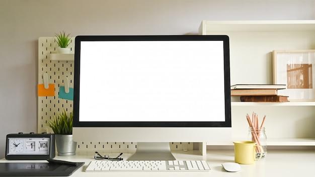 Computer dell'area di lavoro