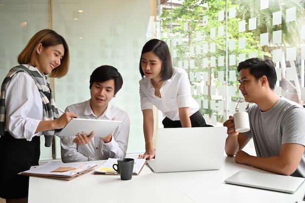 Comunicazione di giovani imprenditori