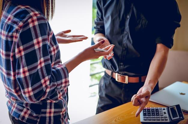 Concetti aziendali, pianificazione aziendale e lavoro di gruppo con lo spazio della copia