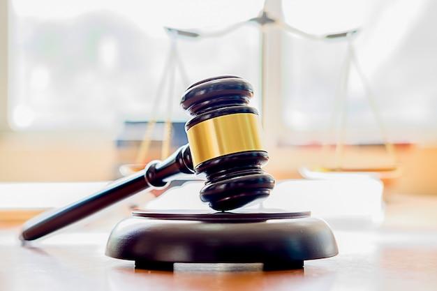Concetti di legge e servizi legali.
