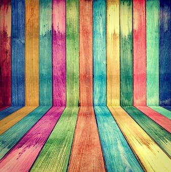 Concetto creativo di stanza di legno retrò colorato