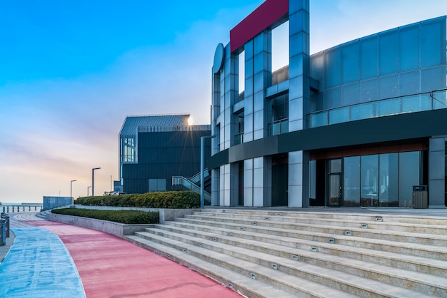Concetto dell'ufficio di costruzione urbano nel distretto aziendale della costruzione
