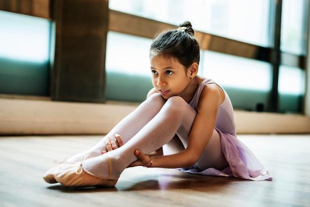 Concetto della scuola di balletto di pratica della ballerina