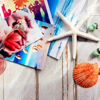 Concetto della spiaggia di memorie di immagini dei seashells delle stelle marine delle immagini