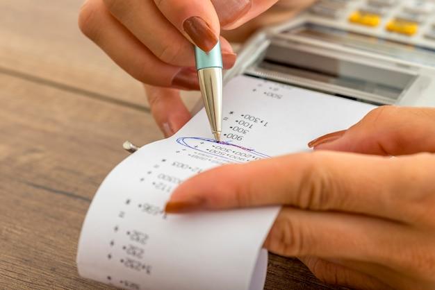 Concetto di affari fiscali e contabili