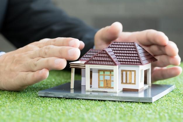 Concetto di assicurazione casa