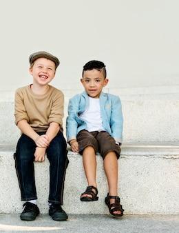 Concetto di bambini felici gioia bambini bambini