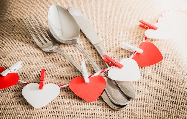 Concetto di cena romantica di san valentino