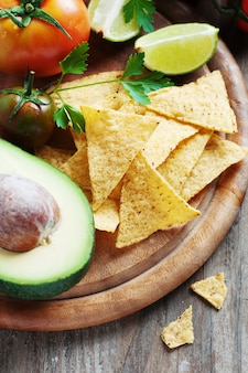 Concetto di cibo messicano con verdure crude