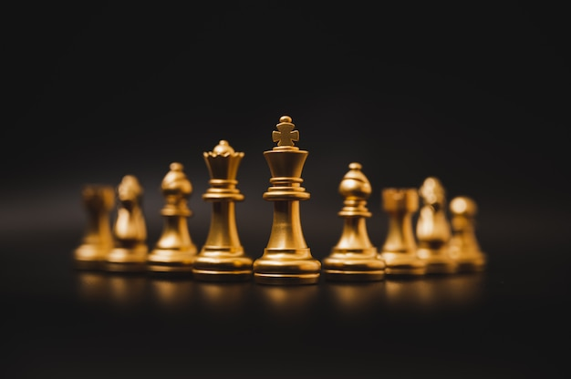 Concetto di concorrenza aziendale leader e successo