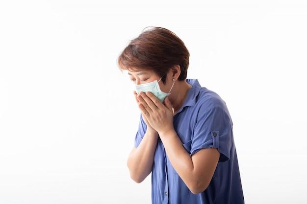 Concetto di coronavirus 2019, la donna asiatica ha secrezione nasale, tosse, starnuti e febbre.