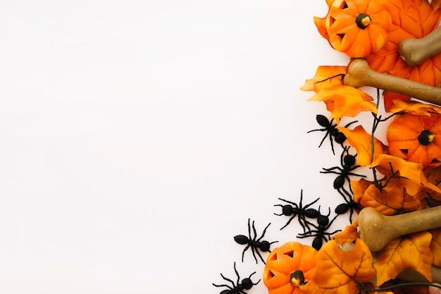 Concetto di halloween con spazio a sinistra