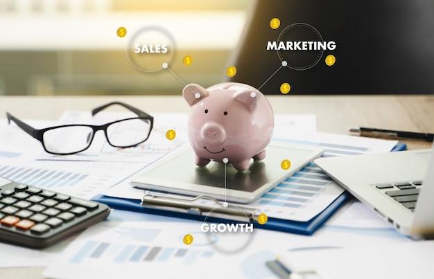 Concetto di marketing commerciale, customer marketing sales dashboard grafica e business marketing team discussion corporate