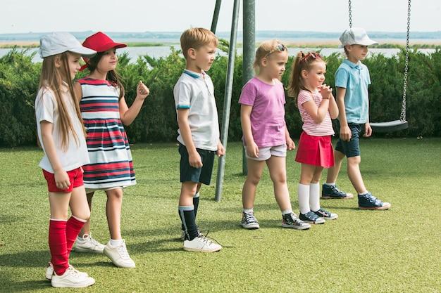 Concetto di moda per bambini