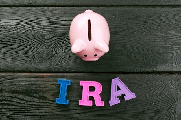 Concetto di pensione piani pensionistici.