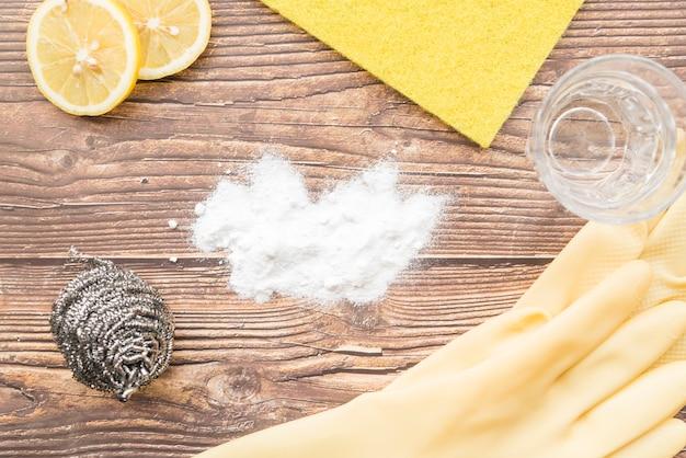 Concetto di pulizia con soda