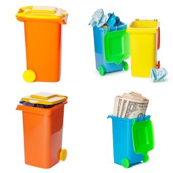 Concetto di riciclaggio. bidoni colorati per diversi rifiuti