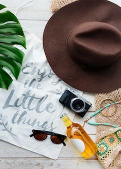 Concetto di rilassamento di fuga di vacanza di vacanza estiva della spiaggia